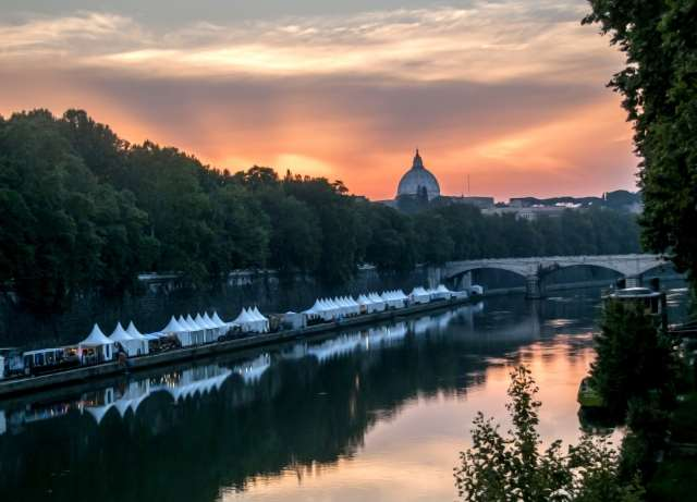 Roma, Lungotevere d'estate