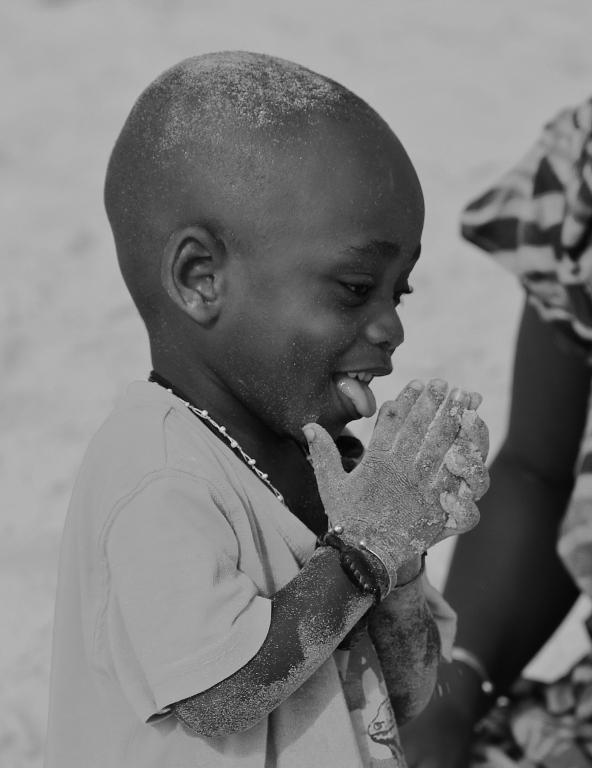 Stampe artistiche quadri e poster con africa bambino for Dipinti moderni bianco e nero