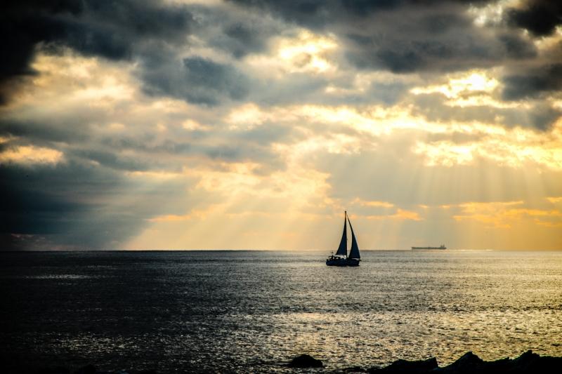 Stampe artistiche quadri e poster con barca genova mare for Idee artistiche di progettazione del paesaggio