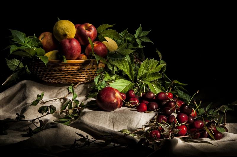 Stampe artistiche, quadri e poster con atmosfera, frutta, luce, luce ...
