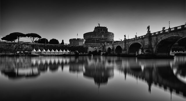 Quadro design e stampa artistica online - Along the Tiber, Rome
