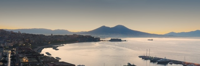 Tableau moderne et impression - Panoramica del Golfo di Napoli all'alba